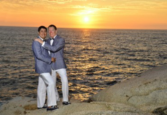 gay-wedding-puerto-vallarta-370x256